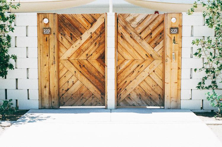 門扉や塀・フェンス・階段
